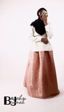 brocade+skirt+pink